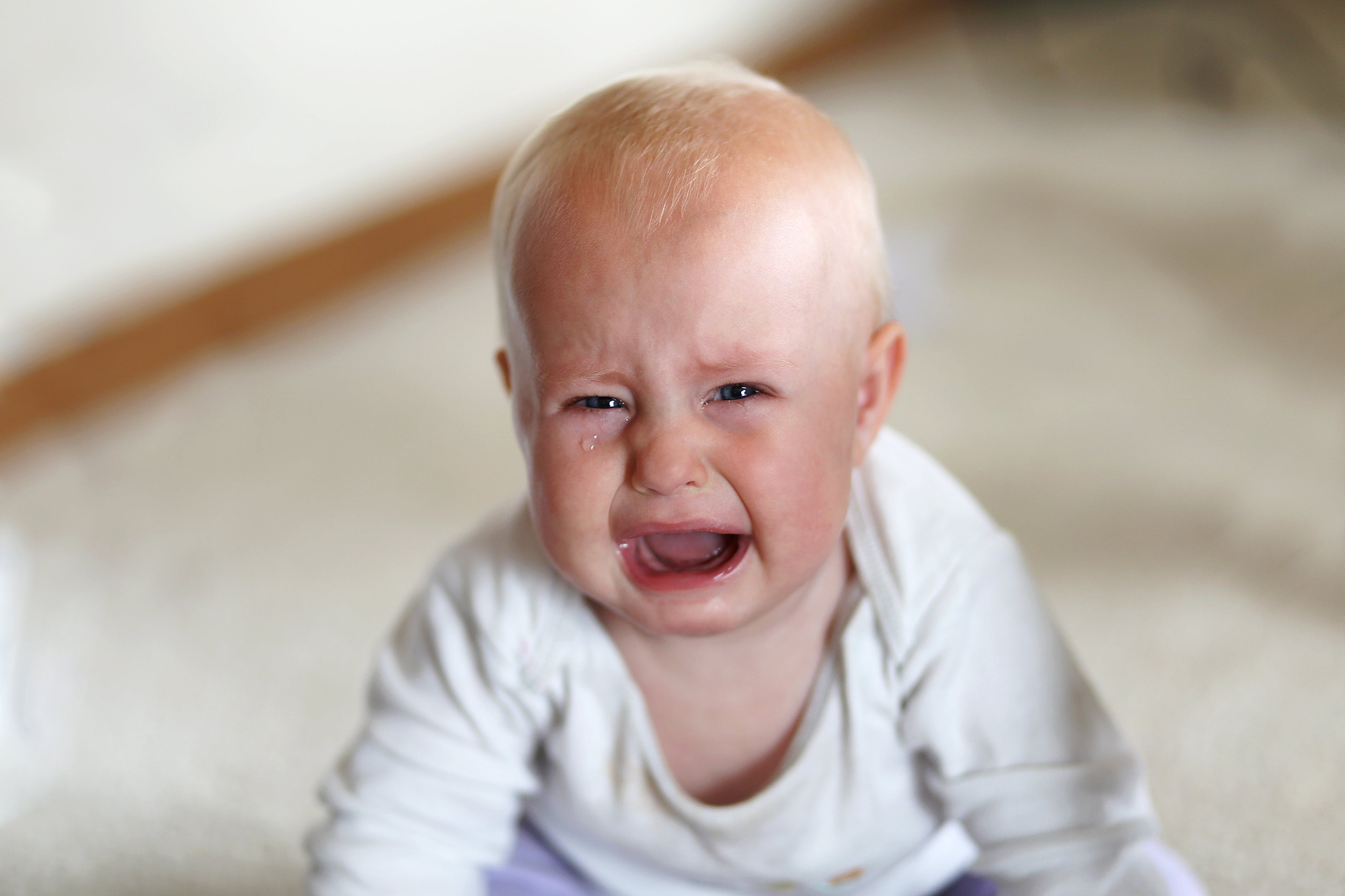 Why is my 6 month old suddenly unhappy all the time? - Winnie