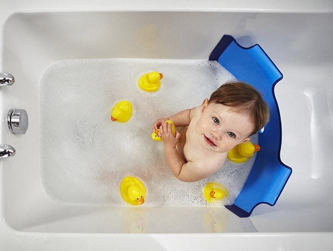what's the best bathtub for a bigger baby? - winnie